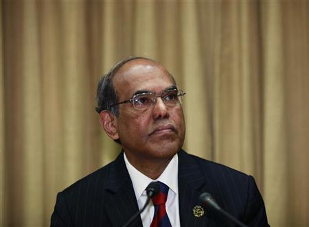 Reserve Bank of India (RBI) Governor Duvvuri Subbarao attends the monetary policy review meeting in Mumbai January 24, 2012. REUTERS/Danish Siddiqui