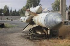 Un missile siriano in una base aerea. REUTERS/Muhammad Al-Jazari/Shaam News Network/Handout