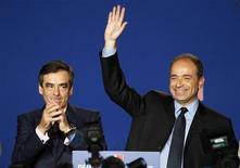 """<p>Jean-François Copé s'est à nouveau présenté lundi comme le candidat d'une """"droite décomplexée"""" dans la course à la présidence de l'UMP qui l'oppose à l'ancien Premier ministre François Fillon. /Photo prise le 26 mai 2012/REUTERS/Regis Duvignau</p>"""