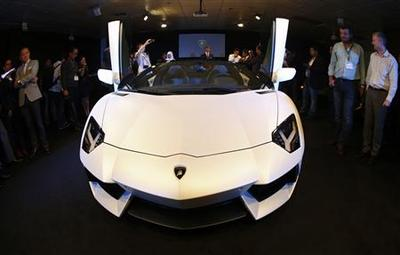 Lamborghini tackles tough supercar market with new...