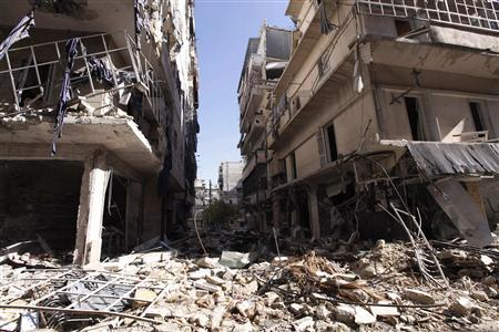 Damaged buildings are pictured in the Salah Eldine district in Aleppo November 13, 2012. REUTERS/Zain Karam