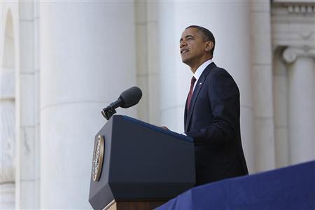 U.S. President Barack Obama makes Veterans Day remarks at Arlington National Cemetery in Arlington, Virginia, November 11, 2012. REUTERS/Jonathan Ernst