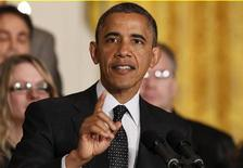 "U.S. President Barack Obama delivers a statement on the U.S. ""Fiscal Cliff"" in the East Room of the White House in Washington, November 9, 2012. REUTERS/Kevin Lamarque"