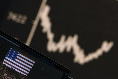 A TV showing news on U.S. presidential elections is pictured in front of the German share price index DAX board at the German stock exchange in Frankfurt November 7, 2012. REUTERS/Lisi Niesner (GERMANY - Tags: BUSINESS POLITICS TPX IMAGES OF THE DAY)