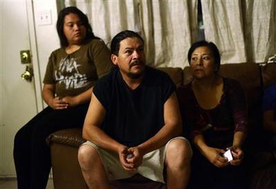 U.S. immigration U-turn has Hispanics seeing 'light at...
