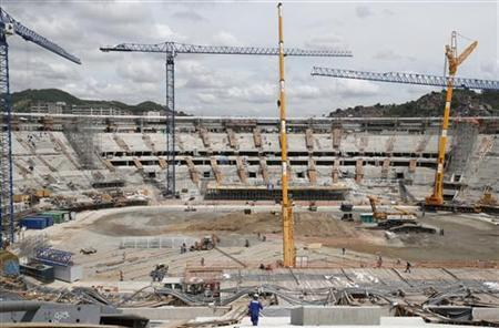 A view of the renovations at the Maracana Stadium for the 2014 World Cup in Rio de Janeiro November 8, 2012. REUTERS/Sergio Moraes