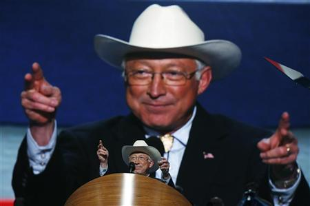 U.S. Secretary of the Interior Ken Salazar addresses delegates at the 2012 Democratic National Convention in Charlotte, North Carolina, September 4, 2012. REUTERS/Jim Young