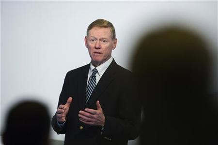 Alan Mulally, President and CEO of Ford Motor Company speaks at the Automobilwoche automotive industry conference in Berlin November 7, 2012. REUTERS/Thomas Peter