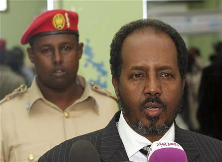 Somalia's President Hassan Sheikh Mohamud (R) speaks at a news conference during a visit by U.S. Under Secretary of State for Political Affairs Wendy Sherman (not pictured) to Somalia's capital Mogadishu November 4, 2012. REUTERS/Feisal Omar