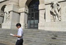 La sede della borsa di Milano. REUTERS/Paolo Bona