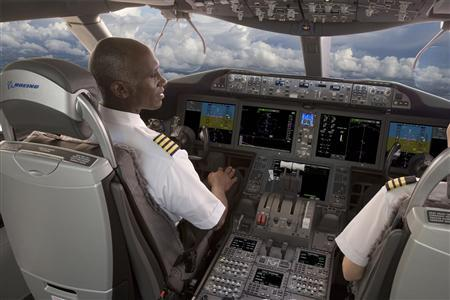 A 787 Flight Deck Simulator is shown in this undated handout photo supplied to Reuters November 15, 2012. Boeing Co., said on Thursday, it had locked down a basic design for its 737 MAX jet, choosing suppliers for key components and moving the project a step closer to production in 2015. Rockwell Collins will provide large format display screens for the new jet's flight deck similar in size and configuration to ones they supply for Boeing's 787. REUTERS/Rockwell Collins/Handout