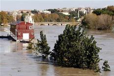 La piena del fiume Tevere in questi giorni a Roma. REUTERS
