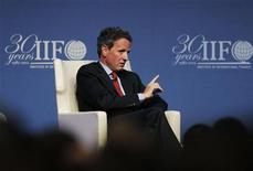 Treasury Secretary Timothy Geithner speaks at the Institute of International Finance (IIF)'s annual meeting in Tokyo October 11, 2012. REUTERS/Yuriko Nakao