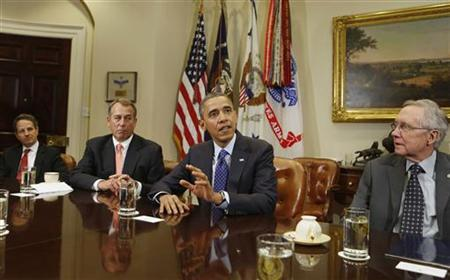 U.S. President Barack Obama hosts a bipartisan meeting with Congressional leaders in the Roosevelt Room of White House to discuss the economy, November 16, 2012. Seen (L-R) are U.S. Secretary of Treasury Timothy Geithner, Speaker of the House John Boehner, President Obama, and Senate Majority Leader Harry Reid. REUTERS/Larry Downing