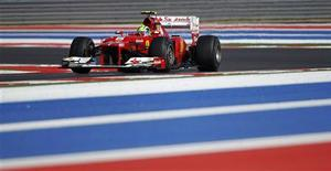 Ferrari Formula One driver Felipe Massa of Brazil drives during the qualifying session of the U.S. F1 Grand Prix at the Circuit of the Americas in Austin, Texas November 17, 2012. REUTERS/Robert Galbraith
