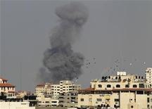 Pressão internacional aumenta por trégua entre Israel e Gaza no sexto dia de conflito na região. 19/11/2012 REUTERS/Suhaib Salem
