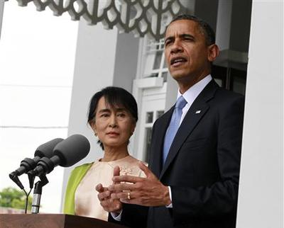 Obama offers praise, pressure on historic Myanmar trip