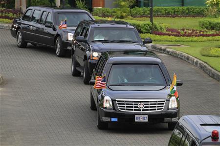U.S. President Barack Obama leaves Yangon International Airport in his car November 19, 2012. REUTERS/Minzayar