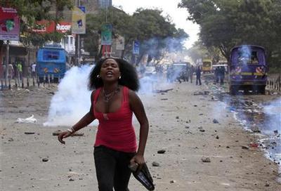 Rioters attack ethnic Somalis in Kenyan capital