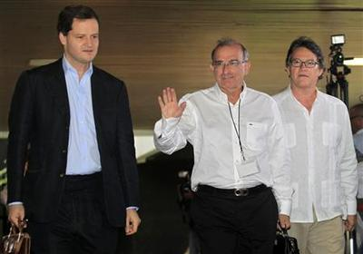 Colombian rebels call truce as peace talks start