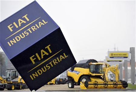 A Fiat industrial logo is pictured at the Fiat Industrial Village in Turin, October 31, 2012. Italy-based truck and tractor maker Fiat Industrial nudged up its 2012 targets after a strong performance at its agricultural equipment business offset poor truck sales and lifted third-quarter profit. REUTERS/Giorgio Perottino (ITALY - Tags: BUSINESS TRANSPORT)