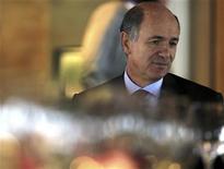 Il ministro dello Sviluppo economico Corrado Passera. REUTERS/Paulo Whitaker