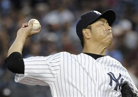 Baseball: Kuroda signs for another season with Yankees