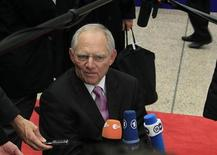 Il ministro tedesco dell'Economia Wolfgang Schaeuble arriva all'Eurogruppo a Bruxelles. REUTERS/Yves Herman