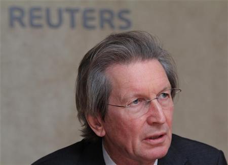 Newspaper investor and entrepreneur David Montgomery speaks during the Reuters Global Media Summit in London November 29, 2011. REUTERS/Benjamin Beavan