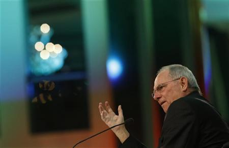 German Finance Minister Wolfgang Schaeuble speaks at the economy forum of the Sueddeutsche Zeitung newspaper in Berlin, November 15, 2012. REUTERS/Thomas Peter