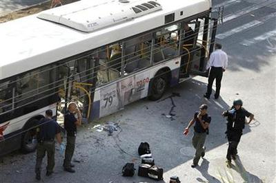 Tel Aviv bus hit by bomb; Hamas celebrates