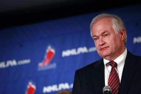 Donald Fehr, executive director of the National Hockey League Players' Association, speaks at a news conference in New York September 13, 2012. REUTERS/Eric Thayer