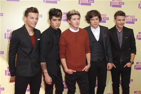 British/Irish boy band One Direction arrive at the 2012 MTV Video Music Awards in Los Angeles, September 6, 2012. REUTERS/Danny Moloshok