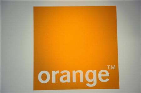 The logo of France Telecom's unit Orange is seen during a news conference in Paris July 5, 2010. REUTERS/Philippe Wojazer