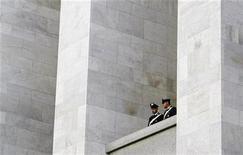 Un'immagine d'archivio del Tribunale di Milano. REUTERS/Alessandro Garofalo
