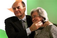 Il segretario del Pd Pier Luigi bersani (a sinistra) con il presidente del partito Rosy Bindi. REUTERS/Max Rossi