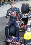 O piloto alemão Sebastian Vettel, da Red Bull, posa para foto em Interlagos, nesta quinta-feira. REUTERS/Paulo Whitaker