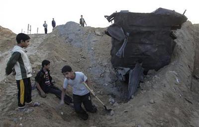 Tunnelers, aid agencies begin resupplying battered...