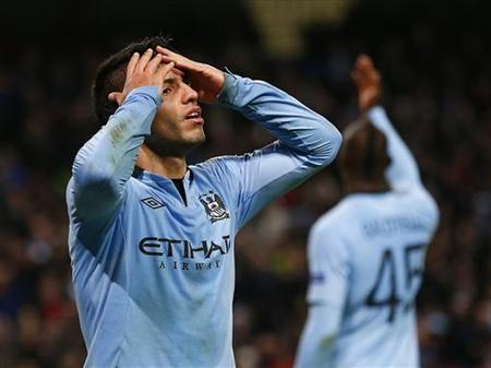 Manchester City's Sergio Aguero (L) reacts after his goal was disallowed during their Champions League Group D soccer match against Ajax Amsterdam at The Etihad Stadium in Manchester, northern England, November 6, 2012. REUTERS/Darren Staples