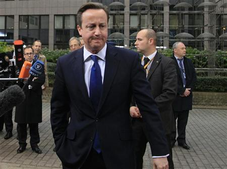 Britain's Prime Minister David Cameron arrives at the European Union (EU) council headquarters for an EU leaders summit discussing the EU's long-term budget in Brussels November 23, 2012. REUTERS/Yves Herman