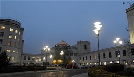 Poland's Parliament Building is seen in Warsaw November 19, 2012. REUTERS/Slawomir Kaminski/Agencja Gazeta