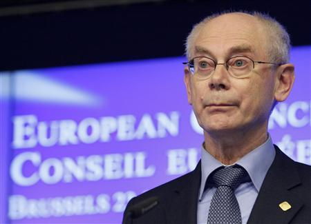 European Council President Herman Van Rompuy holds a news conference at the end of an EU leaders summit discussing the EU's long-term budget at the European Union (EU) council headquarters in Brussels November 23, 2012. REUTERS/Sebastien Pirlet