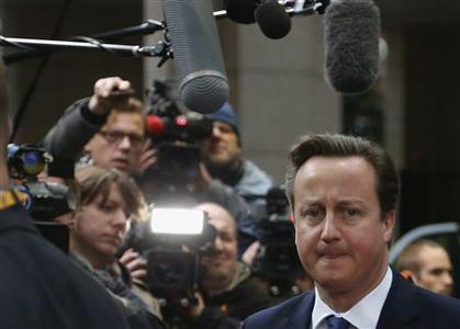 Britain's Prime Minister David Cameron arrives at the European Union (EU) council headquarters for an EU leaders summit discussing the EU's long-term budget in Brussels November 23, 2012. REUTERS/Francois Lenoir
