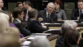 Germany's Finance Minister Wolfgang Schaeuble (top 3rd R) addresses the German upper house of Parliament Bundesrat in Berlin November 23, 2012. REUTERS/Tobias Schwarz