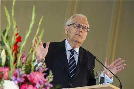 Rainer Bruederle, parliamentary faction leader of the liberal Free Democratic Party (FDP), delivers a speech at a conference of the German Foundation of Family Businesses in Berlin June 15, 2012. REUTERS/Thomas Peter