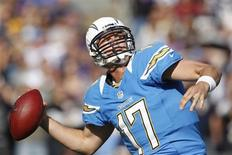 San Diego Chargers quarterback Philip Rivers passes the ball against the Baltimore Ravens during the first half of their NFL football game in San Diego, California November 25, 2012. REUTERS/Danny Moloshok