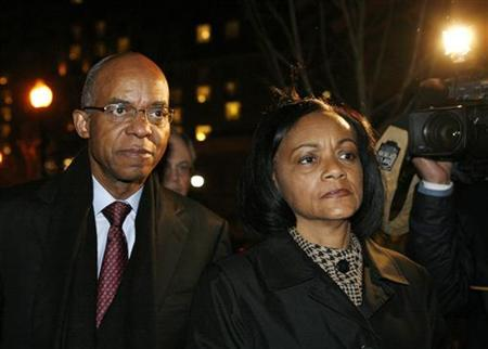U.S. former Rep. William Jefferson (D-La) walks with his wife, Dr. Andrea Green Jefferson after his sentencing at the U.S. District Court for the Eastern District of Virginia in Alexandria, Virginia November 13, 2009. REUTERS/Molly Riley