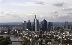 The skyline of Frankfurt is pictured from the top floor of the new headquarters of the European Central Bank (ECB) during a guided media tour through the new ECB premises in Frankfurt, September 20, 2012. REUTERS/Kai Pfaffenbach (GERMANY - Tags: CITYSPACE BUSINESS)