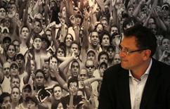 Secretário-geral da Fifa, Jérôme Valcke, é visto durante coletiva de imprensa após visita ao estádio do Maracanã, no Rio de Janeiro. Em visita nesta segunda-feira ao estádio, Valcke destacou que os seis estádios que receberão jogos da Copa das Confederações estão numa fase decisiva e que não há tempo a perder. 26/11/2012 REUTERS/Ricardo Moraes