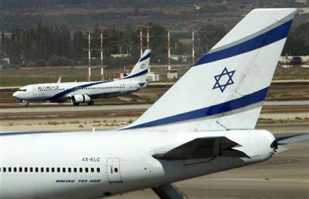 El Al airplanes are seen on the runway at Ben Gurion International airport near Tel Aviv August 22, 2011. REUTERS/Ronen Zvulun